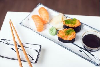 Nigiri Sake + Nigiri Spacy Salmon
