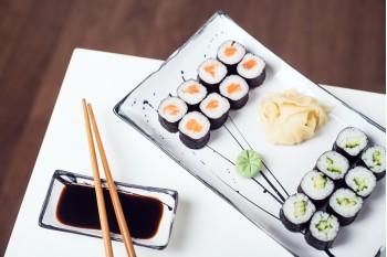 Maki Sushi Losos + Maki Sushi Okurka