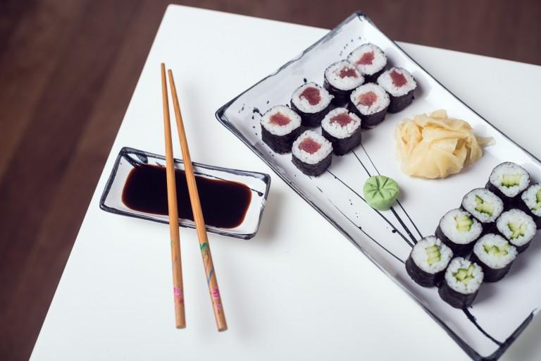 Maki Sushi Tuňák + Maki Sushi Okurka
